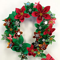 Students join make-a-wreath contest because they care
